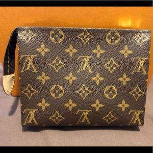 Louis Vuitton Toiletry Pouch 19